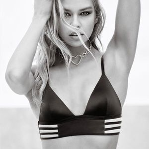 Victoria's Secret Intimates & Sleepwear - NWT Victoria's Secret Satin & Mesh Long Line Bra